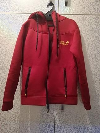 spor ceket bordo renk 2 3 defa giyildi