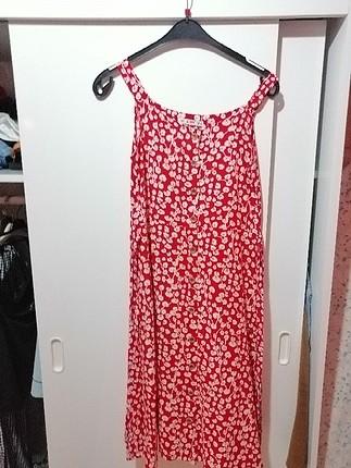 çicek detaylı midi boy elbise