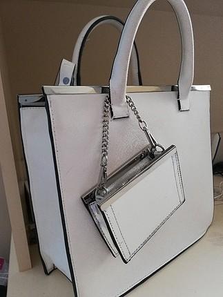 m Beden beyaz Renk Zara Askılı Çanta