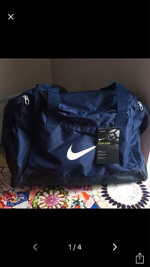Nike spor çanta