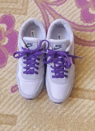 36 Beden Nike Spor Ayakkabı