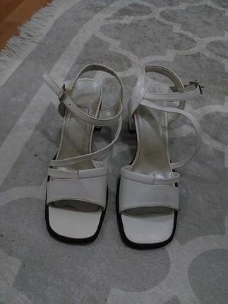 Diğer bayan sandalet