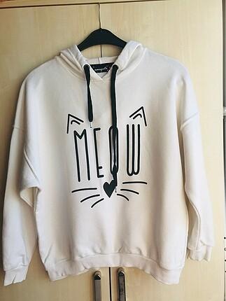 Beyaz Baskılı Sweatshirt
