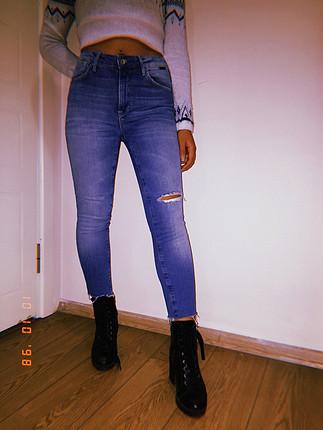 mavi jeans 36beden yırtık detay jean