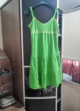 Yeşil askılı prnye elbise