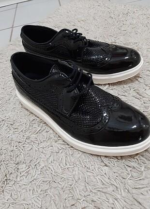 Conteyner Ayakkabı