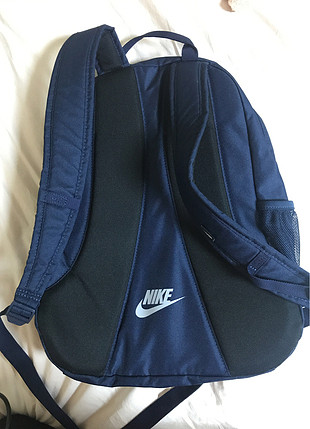 52fa74b0c156a Sırt Çantası Nike Sırt Çantası %100 İndirimli - Gardrops