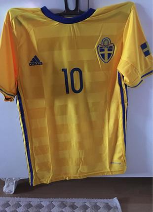 m Beden İsveç İbrahimoviç forması