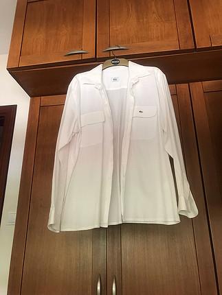 44 Beden Beyaz pike gömlek