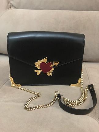 Zara siyah zincir askılı gold detaylı çanta