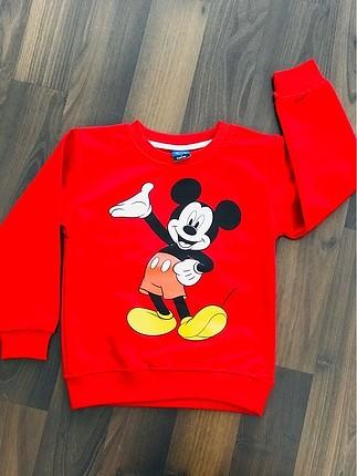 Mickey sevmeyen yoktur ????????