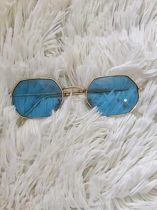 Mavi Oval Cam Güneş Gözlüğü
