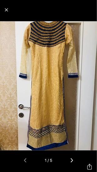 Pakistan özel işlemeli bir elbise