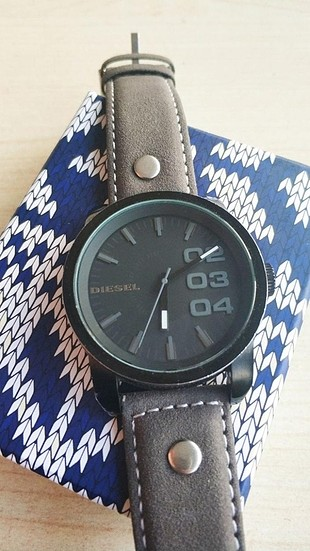 diesel Orjinal saat deri kordon hediyedir