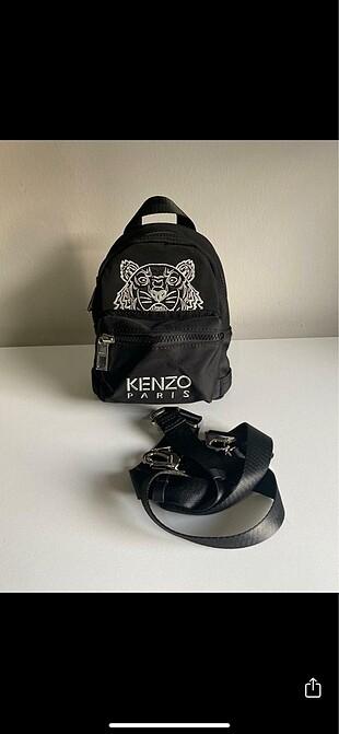 Kenzo Kenzo canta