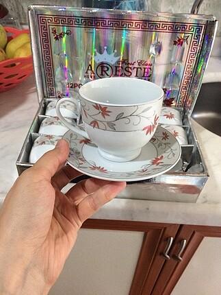 Çay fincanı ve nescafe fincanı