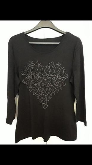 siyah şifon süslemeli bluz
