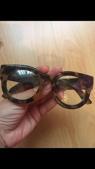 stradivarius gözlük