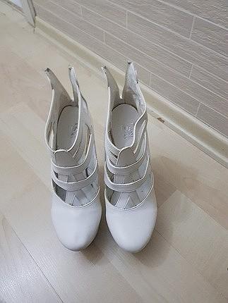 gelin ayakkabisi