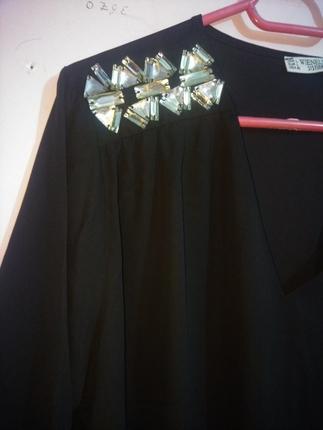 İnce siyah bluz