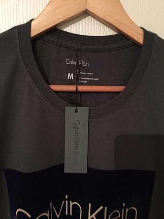 Calvin Klein Haki Erkek Tişört
