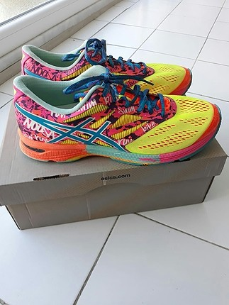 asics spor ayakkabı