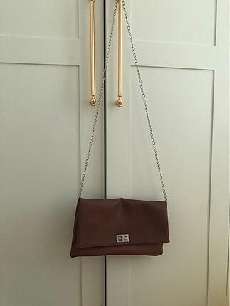 İnci askılı çanta
