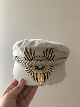 Gigiss şapka