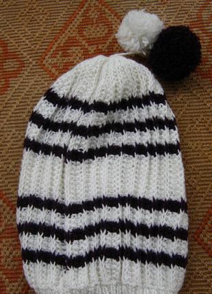 ponponlu şapka