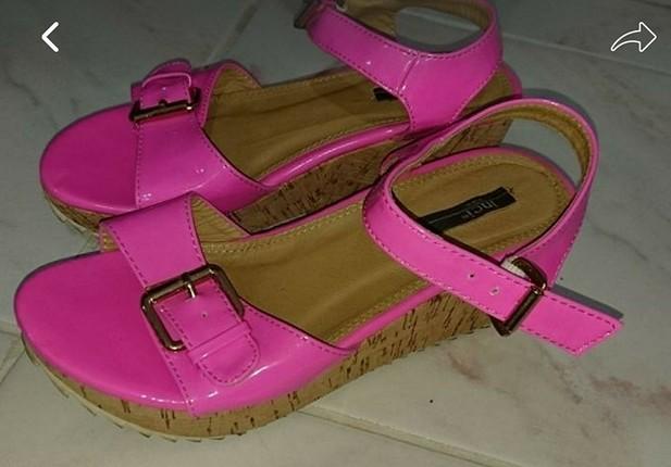 sandalet inci