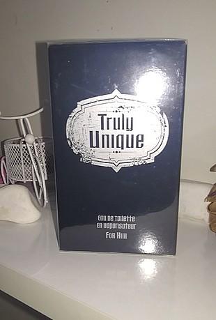 Avon Truly unigue Erkek parfümü 50ml