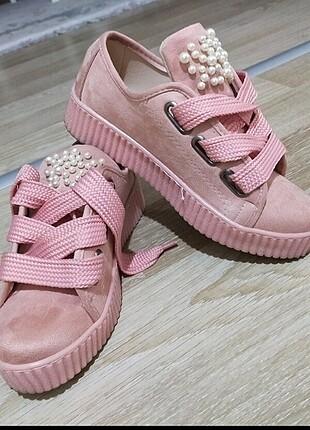 Zara Pembe İncili ayakkabı