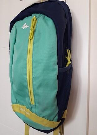 Quechua 15 lt yeşil sırt çantası