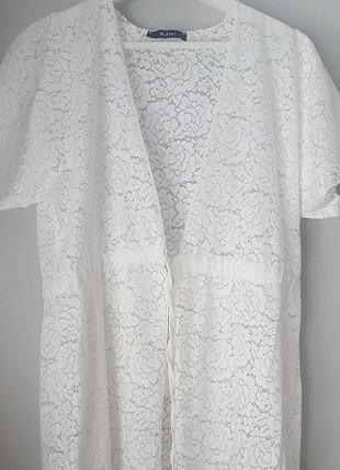 beyaz pareo