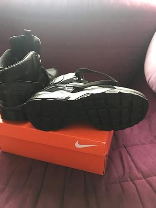 37 Beden siyah Renk Nike hiç kullanılmadı