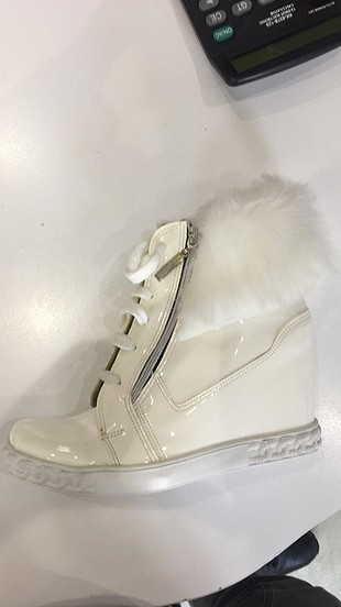 Shoes & More yeni urun