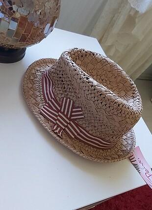Penti hasır şapka