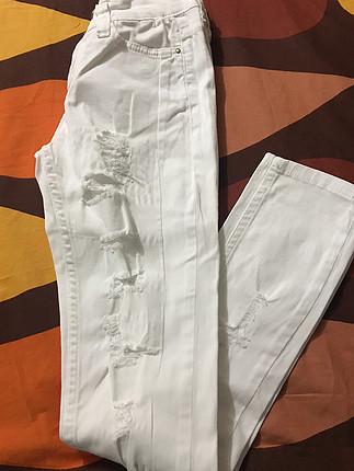 Beyaz Dar Pantolon