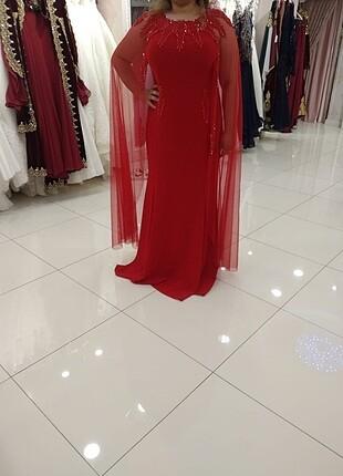 Kırmızı uzun abiye