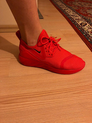 Nike Nike yeni spor ayakkabı kırmızı