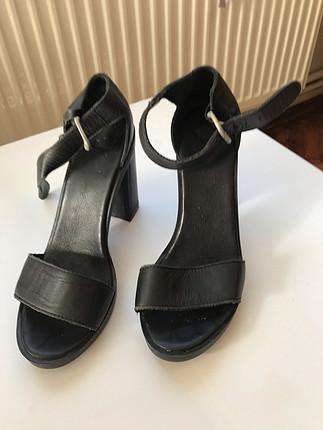 37 Beden Elle siyah ayakkabi