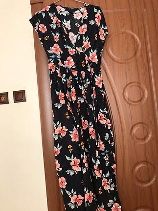 xs Beden Zara cicekli elbise