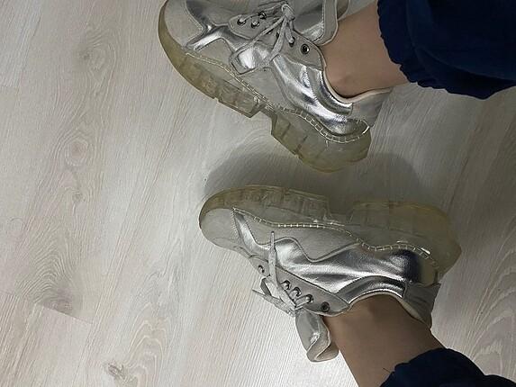 39 Beden Gri spor ayakkabı
