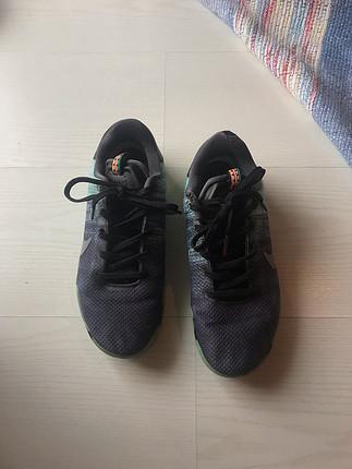 39 Beden Kobe Basketbol Ayakkabısı