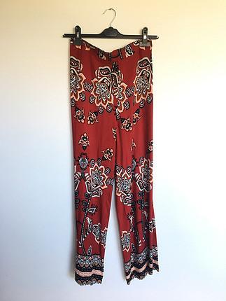 Yüksek bel kırmızı desenli pantolon