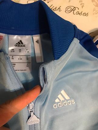Orjinal adidas eşortman takımı 2-3 yaş üst mavi alt siyahtır