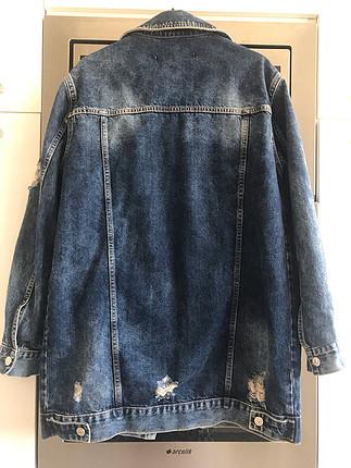 Geçen sezon alıp hiç giymediğim kot ceket m-l uyumludur popoyu k
