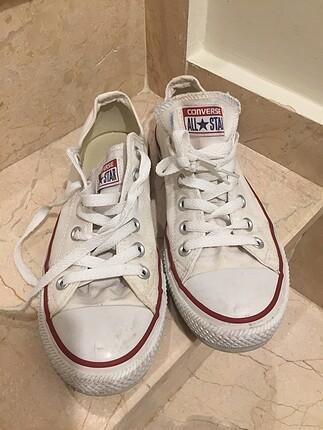 @convers ayakkabı birkaç giyilen hiçbir deformasyonu yok