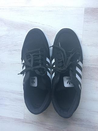 39 Beden siyah Renk Siyah spor