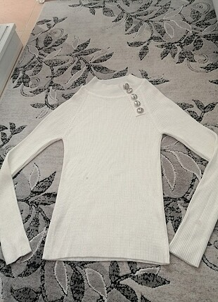 Beyaz triko bluz